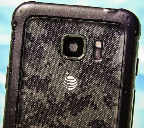 The Galaxy S8's red tint fix is rolling out to AT&T customers